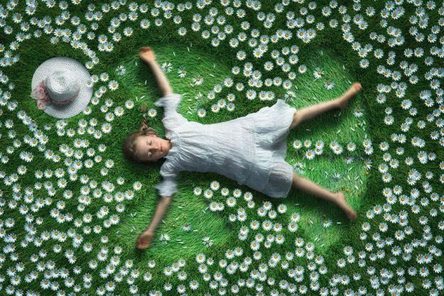 5a8ae4e747c4c-My-profession-is-IT-but-my-passion-is-photography-and-3D-5a8536de9e25f__880 Artist Makes Crazy Photo Manipulations With His Three Daughters And Son, And Here Are The Results Photography Random