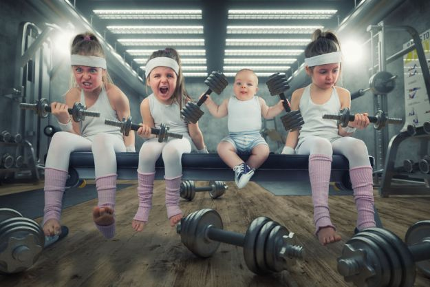 5a8ae4e87291d-My-profession-is-IT-but-my-passion-is-photography-and-3D-5a85366c48c2b__880 Artist Makes Crazy Photo Manipulations With His Three Daughters And Son, And Here Are The Results Photography Random