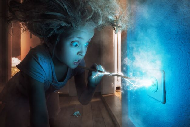 5a8ae4e945a67-My-profession-is-IT-but-my-passion-is-photography-and-3D-5a8536883f763__880 Artist Makes Crazy Photo Manipulations With His Three Daughters And Son, And Here Are The Results Photography Random