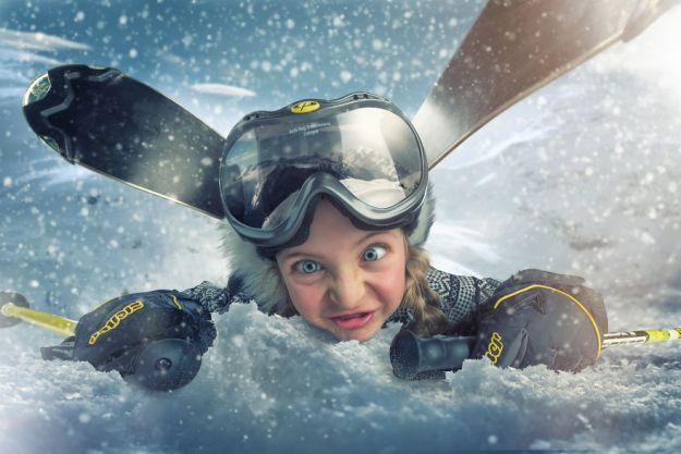 5a8ae4eda5f28-My-profession-is-IT-but-my-passion-is-photography-and-3D-5a8536ba98eab__880 Artist Makes Crazy Photo Manipulations With His Three Daughters And Son, And Here Are The Results Photography Random