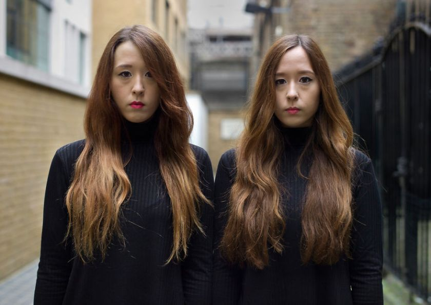 5abdf3d0bb07d-london-identical-twin-portraits-alike-but-not-like-peter-zelewski-17-5abb65dc6ddcc__880 Photographer Captures Identical Twins Next To Each Other To Show How Different They Actually Are Photography Random