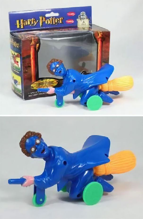 5ac4b78385244-funny-toy-design-fails-42-5a58c99d19950__700 30+ Epic Toy Design Fails That Are So Bad, It's Hard To Believe They Are Being Sold Design Random