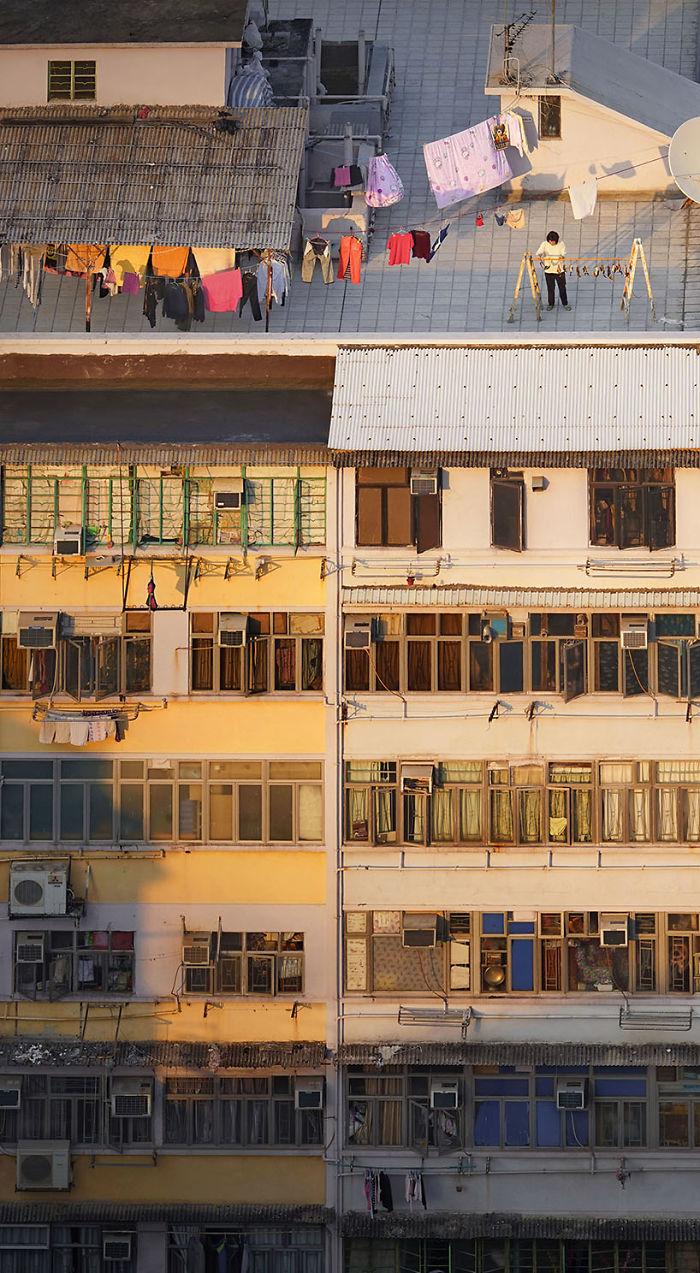 5ae2eb0d83a8d Sun dried 5adef91fd074f  700 - 12 coisas interessantes este fotógrafo capturado nos telhados de Hong Kong