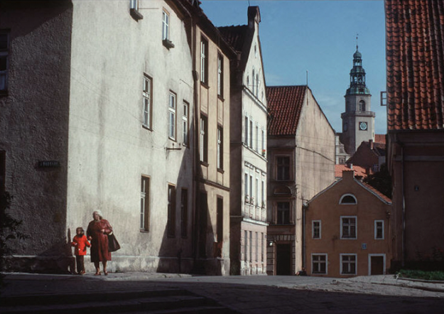 poland-in-early-80s-bruno-barbey-22-1 In The 1980's, This Photographer Traveled 40,000 Km Around Poland To Photograph Its Daily Life Photography Random