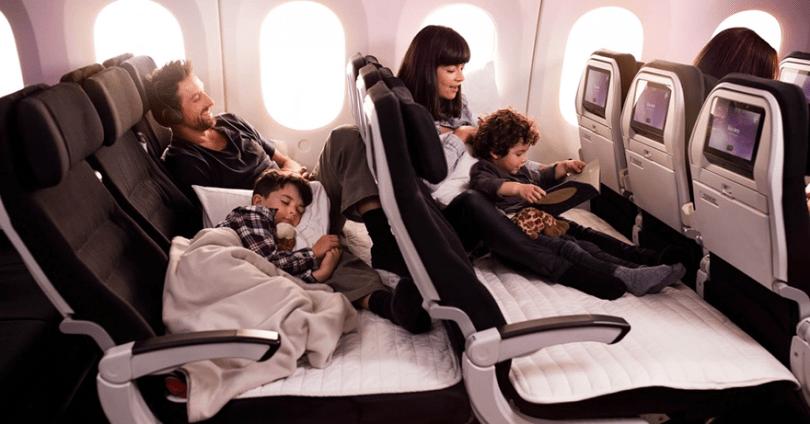 skycouch air new zealand 6 - Companhia aérea ameniza sofrimento das mães com bebês mais fácil
