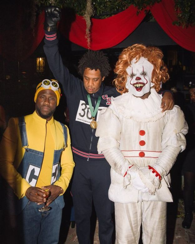 5be0554ae98ae-1057984221992628224-1-png__700 30+ Celebrities Who Completely Nailed This Year's Halloween Random