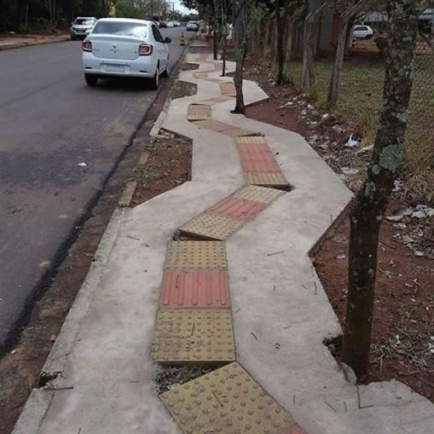 5bf2ad7deaea3-5bb470f061567_w4hchtrbkof11__700 10+ Epic Design Fails That You Probably Won't Believe Actually Happened (New Pics) Random