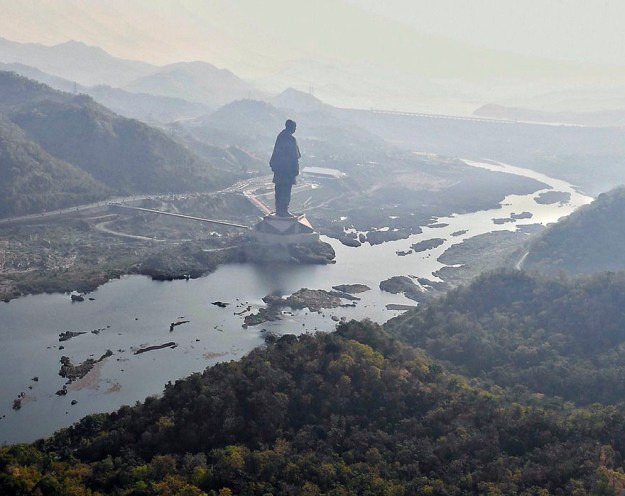 statue-of-unity-revealed-india-3 India Just Unveiled The Tallest Statue In The World And It's Almost 5 Times Bigger Than Rio Christ Random