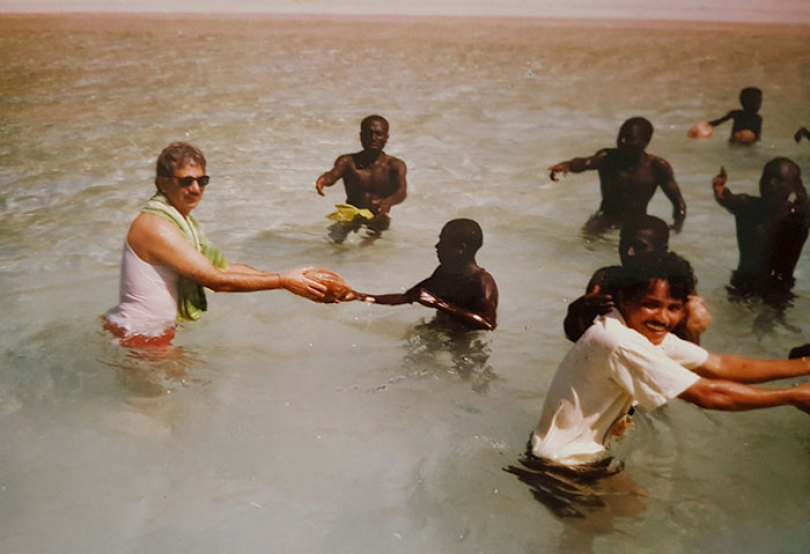 5c12165c502ea isolated tribe sentinel island andaman madhumala chattopadhyay india 1 5c0e4011b9eb1  700 - Ilha Sentinela - A ilha proibida!