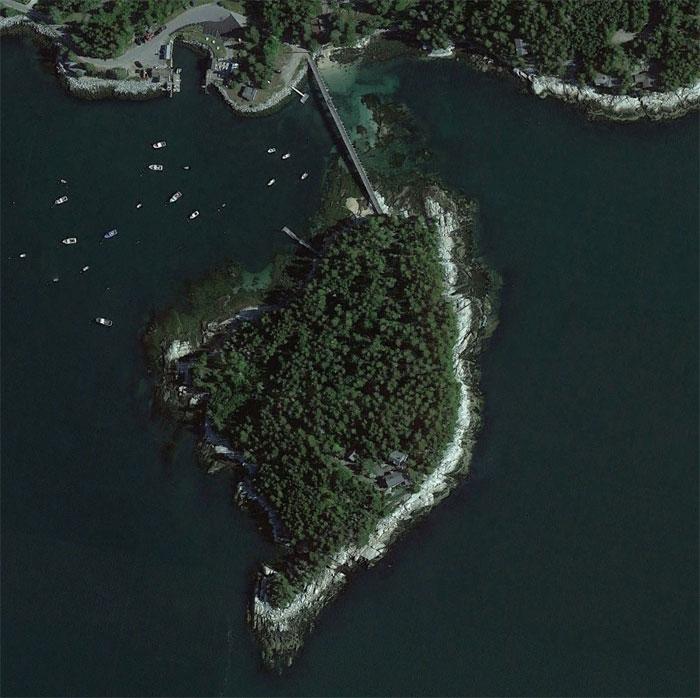 5d5507ec7f16b google earth map finds 42 5d527cd7aa718  700 - 30 coisas mais interessantes que um geólogo encontrou no Google Earth