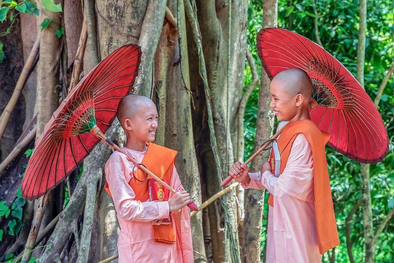 5d56596d9ddea Lovely friend Yangon Myanmar kokosat Hla Moe NaingAGORA images 5d5181aca0656  880 - 40 fotos apaixonantes e interessantes sobre o Amor