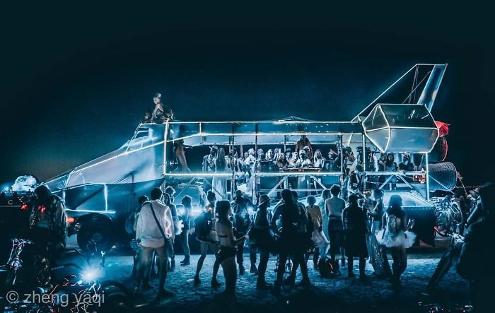 5d6f6c52e30a3 B1t8LTFAl2V png  700 - 30 fotos do festival Burning Man Nevada 2019