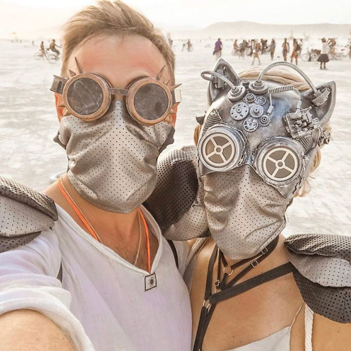 5d6f6c53290d8 B11aj55Igno png  700 - 30 fotos do festival Burning Man Nevada 2019