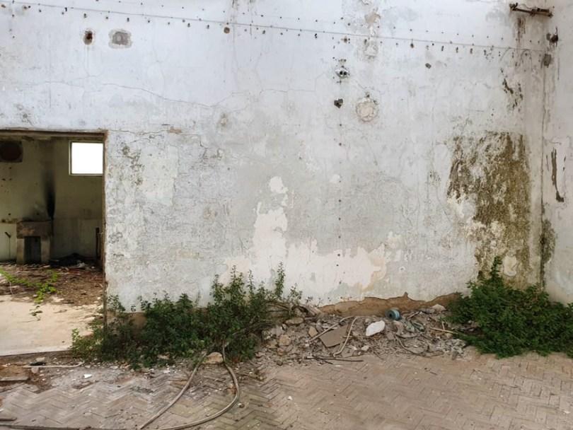 amazing transparent graffiti vile 28 - Português faz as paredes parecerem transparentes usando nada além de tinta Spray
