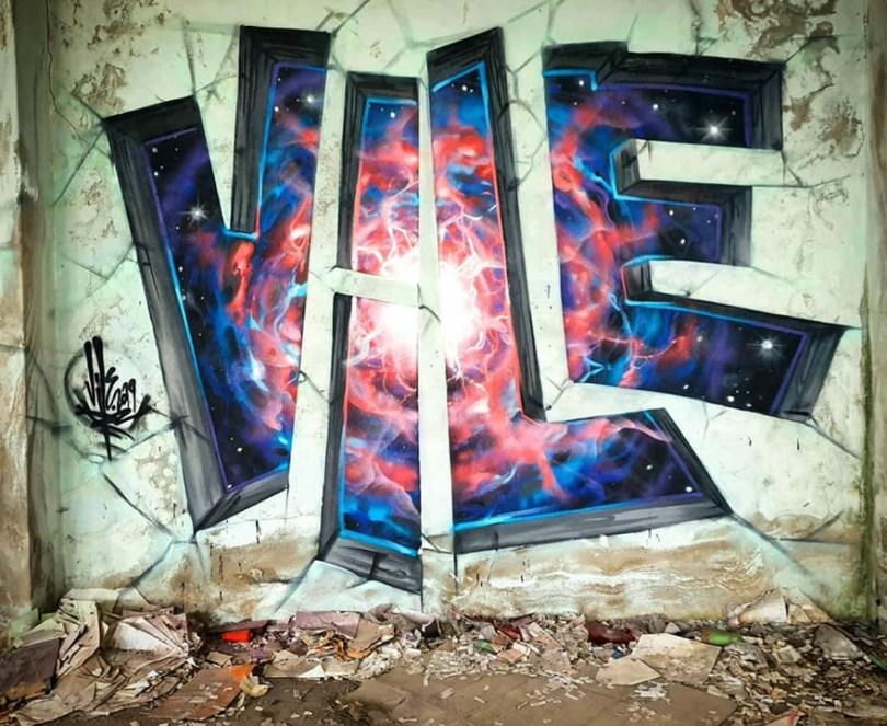 amazing transparent graffiti vile 31 - Português faz as paredes parecerem transparentes usando nada além de tinta Spray