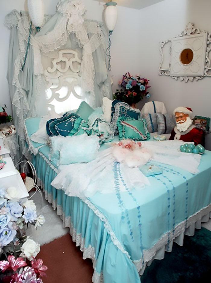5d9ee0989d958 beds bedrooms with threatening auras 49 5d9d8f4bd226c  700 - 30 camas bizarras que só precisavam ser compartilhadas