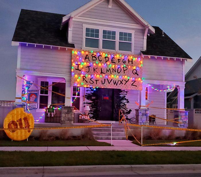 5dbbe5d41fcf1 5daee57539101 eq87spkkfet31  700 - Americanos levam o Halloween a sério