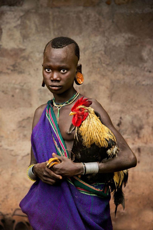 5dce5d24de114 x 5dc9e1e769089  880 - 40 fotografias de Steve McCurry que exploram a relação entre humanos e animais
