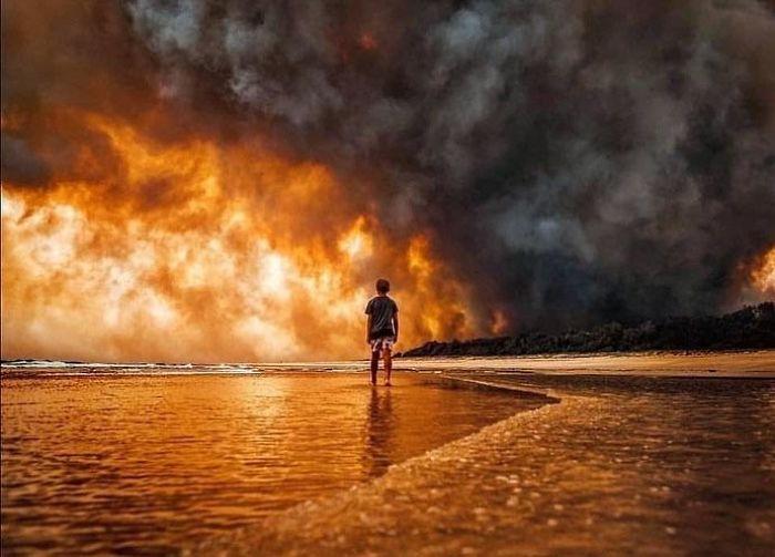 5e144301b900d 5e12f3e40c6fa i7ovjgbbji841  700 - Internet compatilha 50 fotos que revelam as queimadas na Austrália