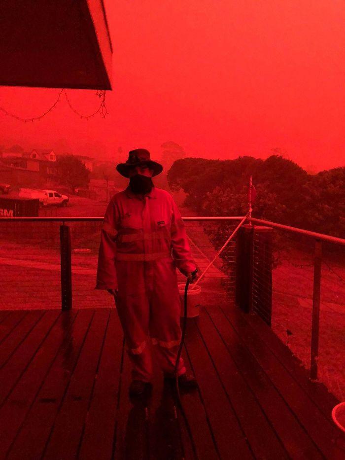 5e144303e3dad 5e12f038a19c3 1ffytp1bgx741  700 - Internet compatilha 50 fotos que revelam as queimadas na Austrália