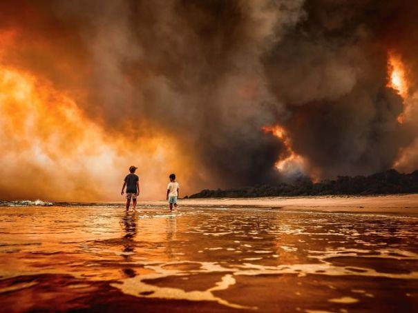 5e14430574869 australia fires photos 26 5e12f24f7ddb5  700 - Internet compatilha 50 fotos que revelam as queimadas na Austrália