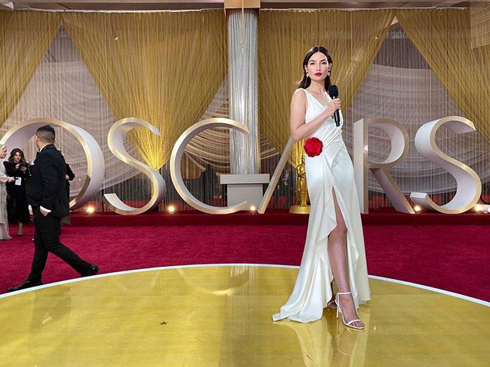 5e43b70b8311b celebrities actors recycled clothes sustainability oscars 6 5e42ade79276b  700 - Ricas, sim! Repetir o vestido, também!