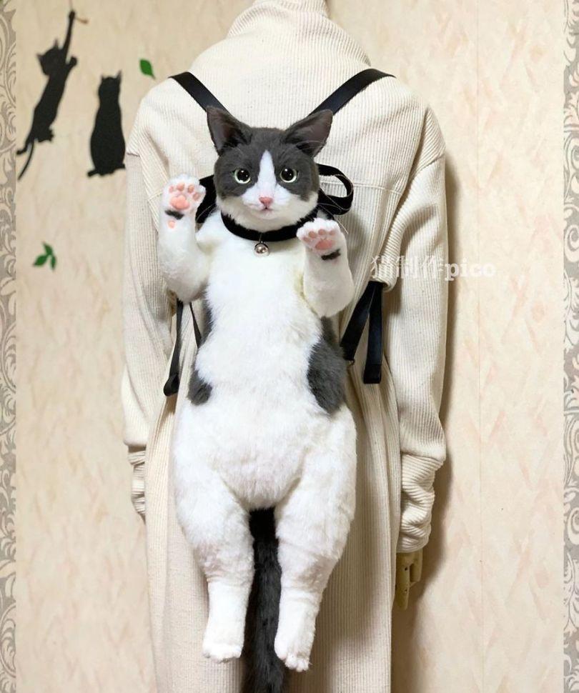 5e577eb633980 Japanese artist continues to create bags in the shape of cats and realism impresses 5e54ce4889fab  880 - Artista japonês cria Bolsas de gatos que assustam de tanta veracidade