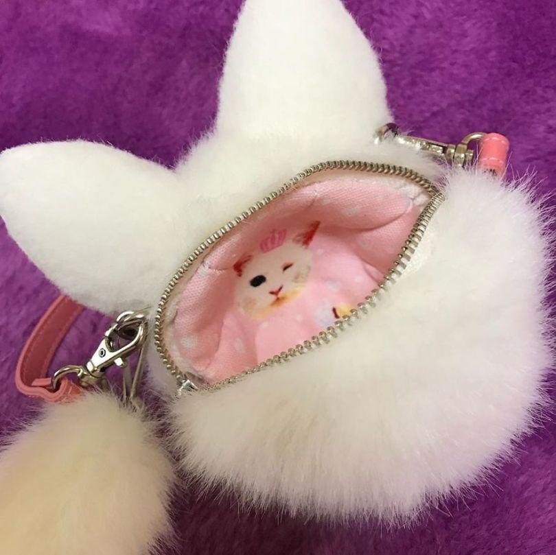5e577eb9a371e Japanese artist continues to create bags in the shape of cats and realism impresses 5e54ce71555cf  880 - Artista japonês cria Bolsas de gatos que assustam de tanta veracidade