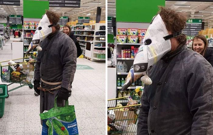 5e86e60a6540e funny coronavirus masks protection 52 5e844dd7996af  700 - 40 maneiras divertidas e criativas de proteger as pessoas do coronavírus