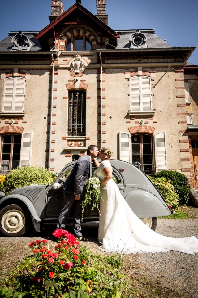 Demoiselle-capeline-officiante-ceremonie-laique-bretagne-Mariage Audrey & Samuel