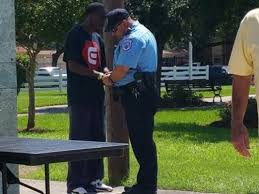 Excon Praying with Arresting Officer