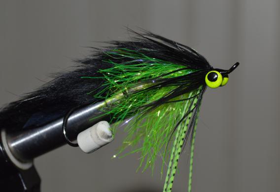 Tying articulated flies