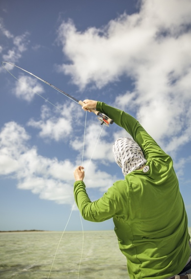 Cearing line when fly fishing for bonefish by Hollis Bennett