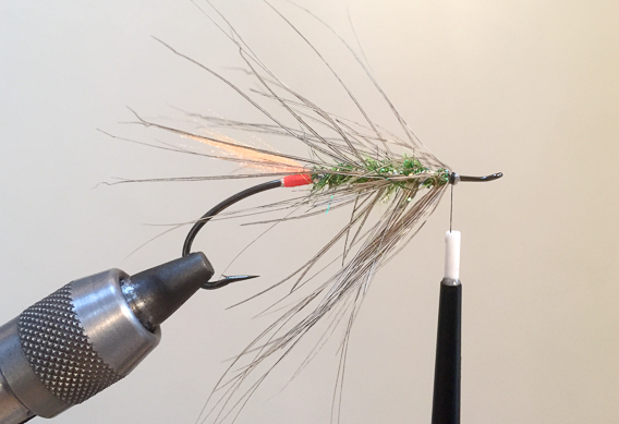 How to tie the lady caroline steelhead fly with modern materials-12