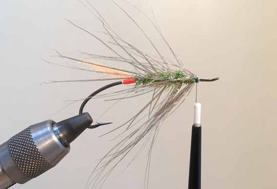 How to tie the lady caroline steelhead fly with modern materials-13