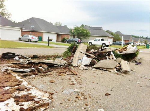 South Point Subdivision Sign Destroyed July 4th 2012 Photos Denham Springs Louisiana (5)