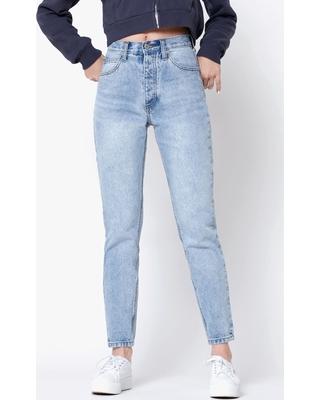 ligjht wash denim jeans