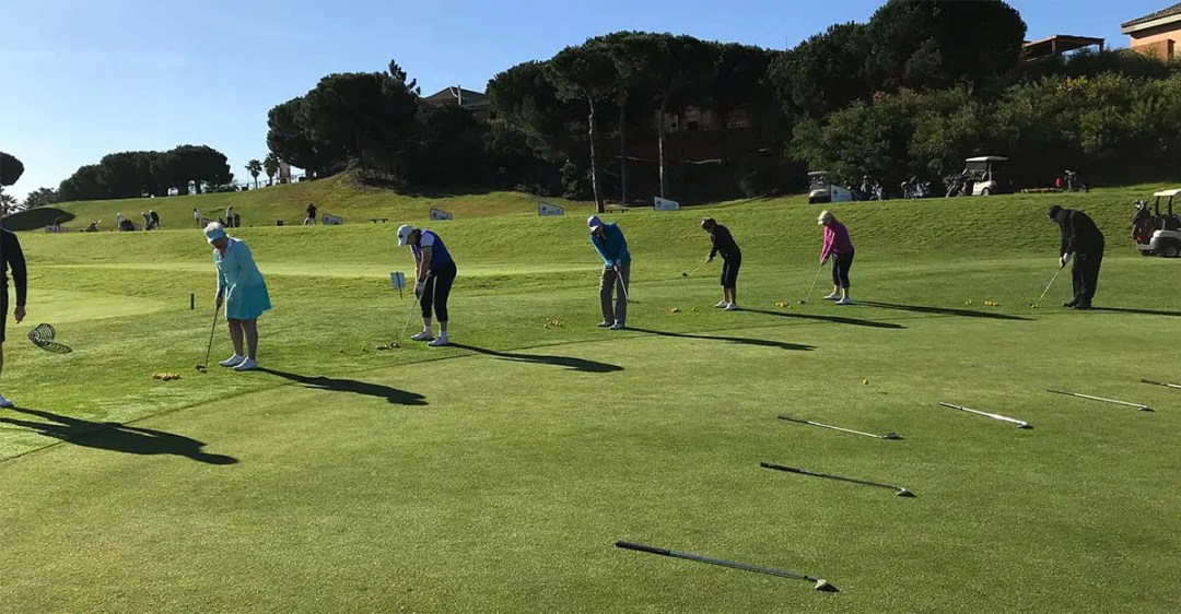 Putting practice at Islantilla golf school, March 2019