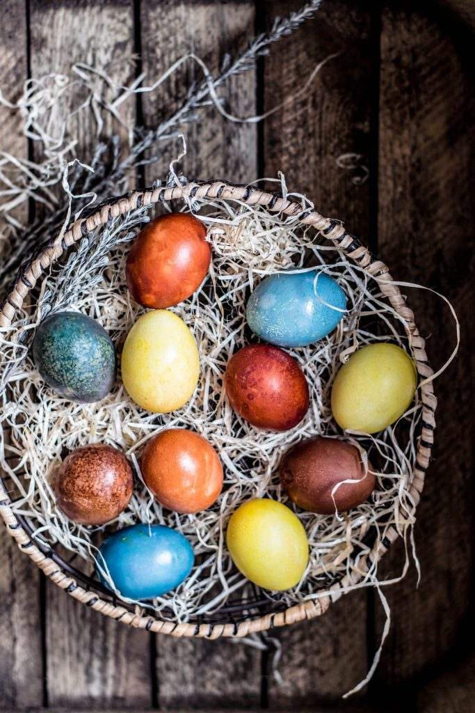all-natural easter egg dye