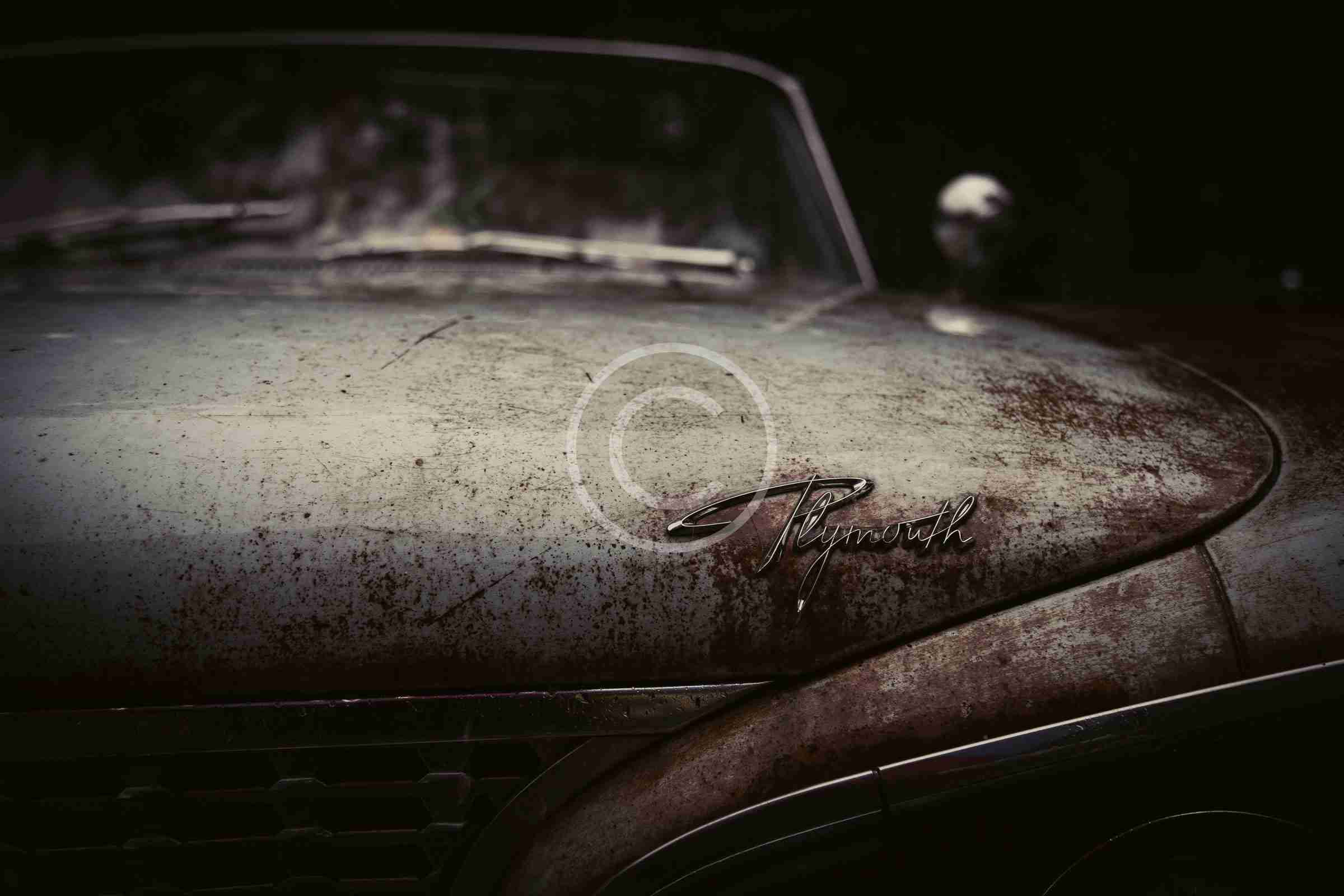 Retro Cars for Adventurous Authors