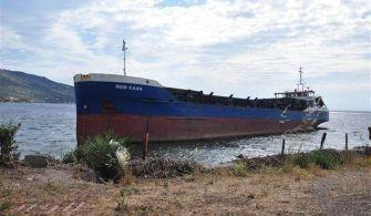 MV İrem Kaan Çanakkalede Karaya Oturdu