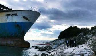 Personeli Olmayan RO-RO Gemisi Karaya Vurdu