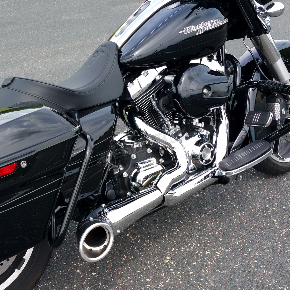 chrome black 2 into 1 turnout exhaust system hd00837