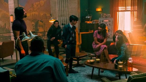 The Umbrella Academy Season 2 Release Date Cast Trailer Story News