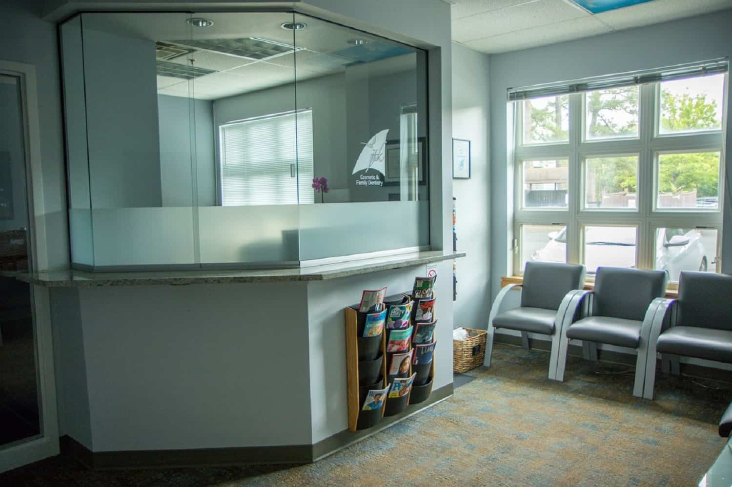 reception area - Dr. Jack T. Kayton in Charlottesville