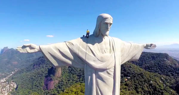 restauro-cristo-rio-video