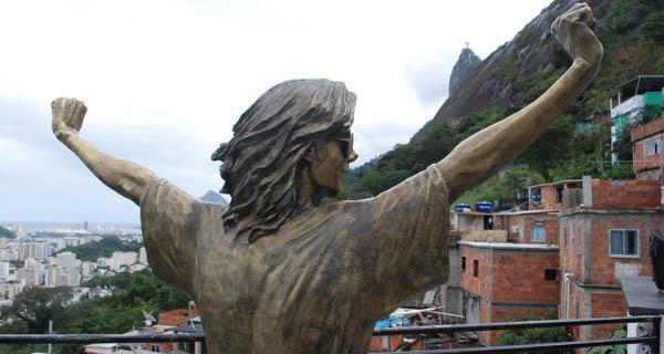michael-jackson-favela-santa-marta