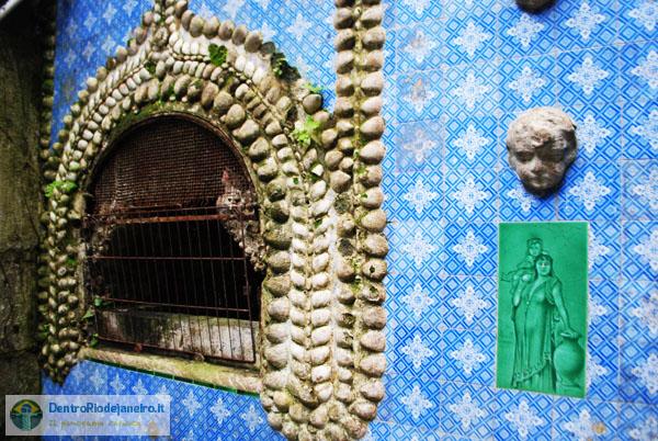 Largo do Boticário: vecchio forno decorato