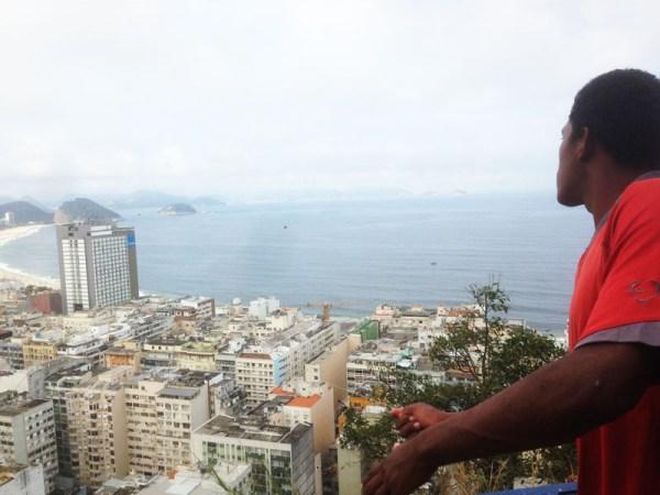 cantagalo-visita-favela- aquilone