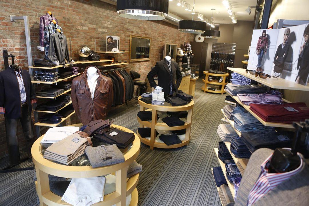 Small Business Saturday Denver Moda Man